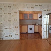 Вид квартиры-студии до начала ремонта