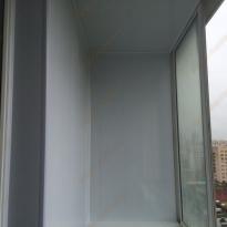 Внутренняя отделка балкона квартиры-студии